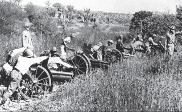 En la foto, tropa paraguaya. Ambos pueblos fueron carne de cañón de las petroleras