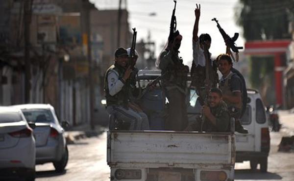 Los milicianos del Ejército Sirio Libre destruyeron 4 aviones del ejército del genocida Al Assad.