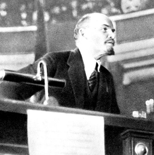 Discurso de Lenin en el II Congreso de la III Internacional, realizado en el Palacio Taurichesky de Petrogrado. Rusia,1920.