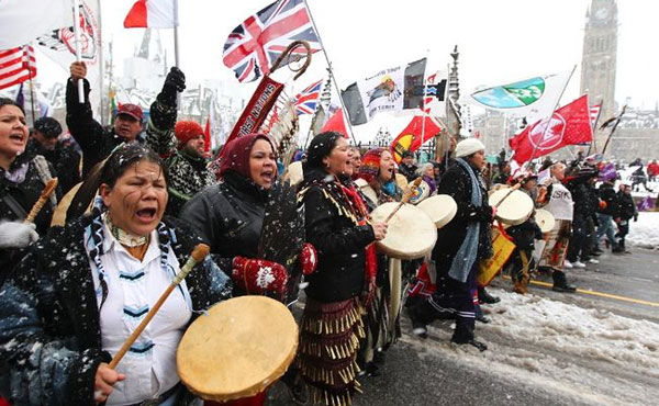 """Movimiento """"Idle No More"""": INDÍGENAS AMENAZAN CON PARALIZAR LA ECONOMÍA DE CANADÁ"""