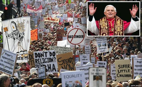 Renunció el Papa tras una ola de escándalos
