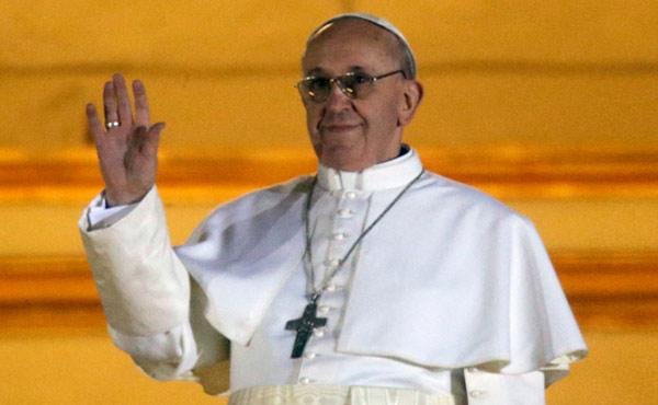 El cardenal argentino Bergoglio fue designado Papa, nada para festejar