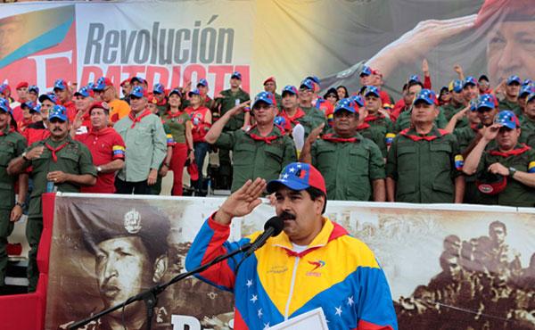 Venezuela no marcha hacia ningún socialismo ni es antiimperialismo ni socialismo apoyar dictadores como Assad (Siria) y  Kadaffi (Libia)