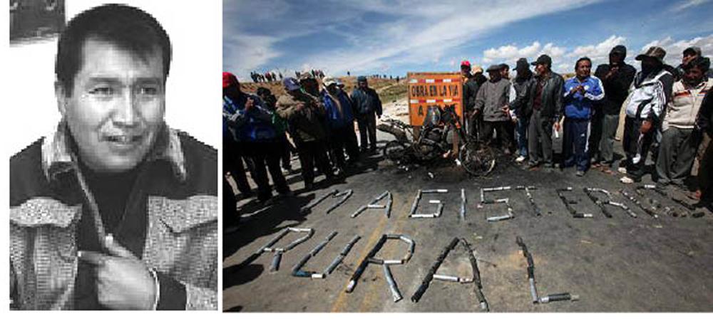 Eliseo Mamani dirigente Pachakuti maestros rurales - Maestros rurales cortando rutas en Apacheta, cerca de La Paz, muestran una moto policial que fue quemada en enfrentamientos.