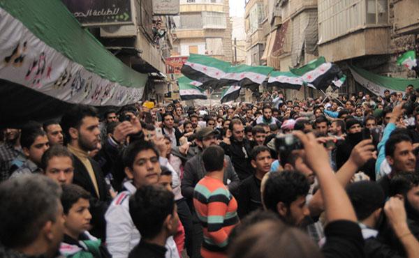 Lo que está sucediendo desde marzo de 2011 en Siria es una verdadera revolución, que hoy todavía se mantiene, a pesar de toda la violencia y las atrocidades del régimen sirio contra el pueblo alzado.