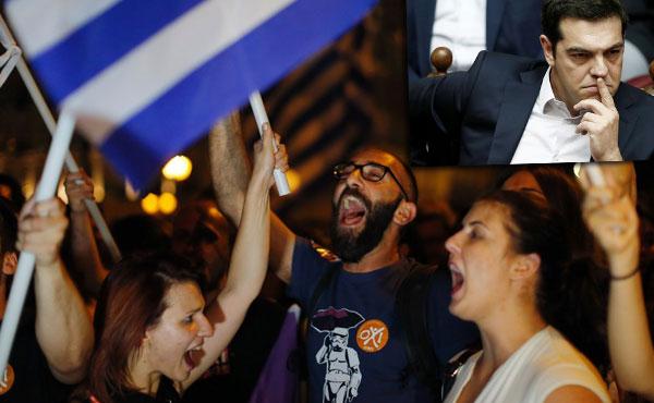El pueblo dijo NO y Tsipras le dijo Sí a la Troika. Ya el lunes 20 pagó más de 4 mil millones de euros a la Troika. Y echó a los ministros de izquierda que rechazaron el acuerdo.