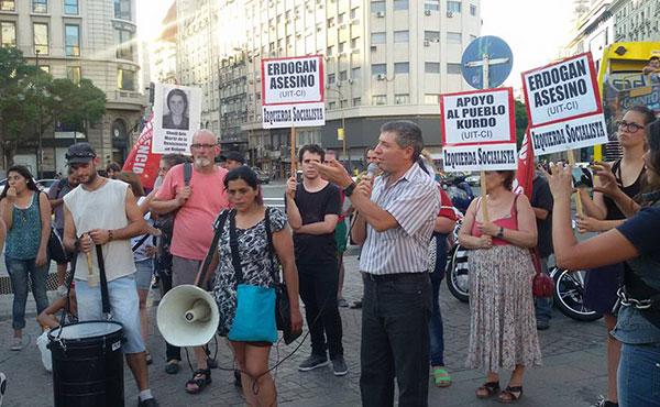 Buenos Aires - Entre los oradores del acto estuvo nuestro dirigente nacional y Diputado electo Juan Carlos Giordano, Nora Cortiñas, representantes de la comunidad kurda y palestina y dirigentes de PO, PTS, CS, entre otros.