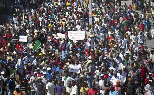 ¡Abajo el gobierno de Martelly! ¡Fuera las tropas yanquis y de la MINUSTAH!