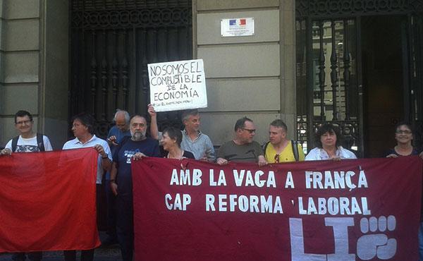 Lucha Internacionalista del Estado Español realizó una actividad en Barcelona.