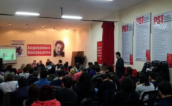 """Bajo el título """"Túnez después de la revolución de enero de 2011 y la revolución del Norte de Africa y Medio Oriente"""", más de 100 asistentes participaron de una charla debate en Buenos Aires, Argentina."""
