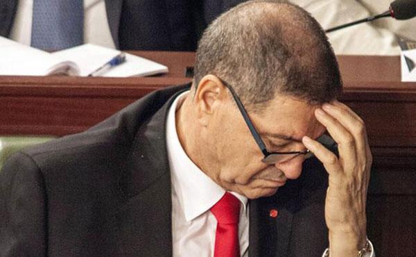 El gobierno del Primer Ministro Habib Essid, al no poder obtener en el parlamento los votos de confianza para mantenerse en el poder, fue depuesto el 30 de julio de 2016.