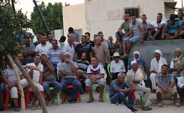 los campesinos y los trabajadores del campo del oasis de Jemna piden encarecidamente a los trabajadores y trabajadoras del todo el mundo una acción de solidaridad con su justa causa para mantener la propiedad comunitaria sobre el oasis de Jemma.