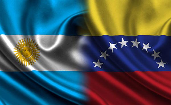 Como venezolanos y activistas de izquierda residentes en Argentina, tenemos una posición distinta sobre la situación de nuestro país y la política del gobierno chavista. En ningún otro país se ha aplicado en los últimos años un ajuste de las dimensiones que vemos en Venezuela.