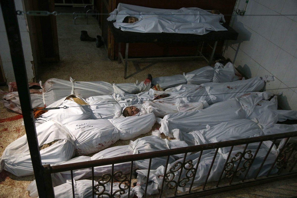 Cadáveres de civiles tras los bombardeos Siria