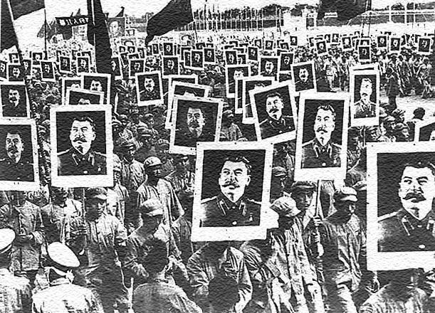 China 1950. Millones en el mundo creyeron en la figura de Stalin