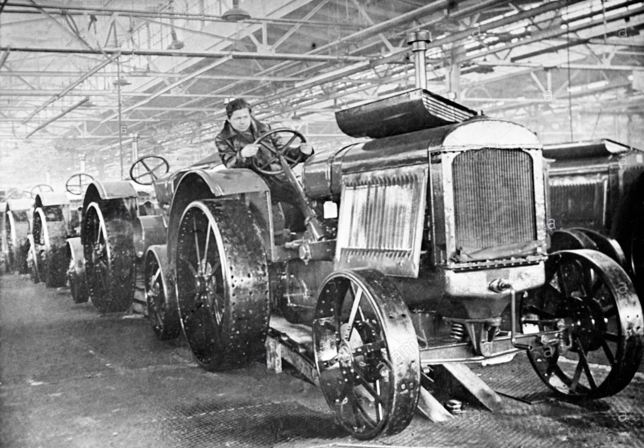 Tractores en la URSS