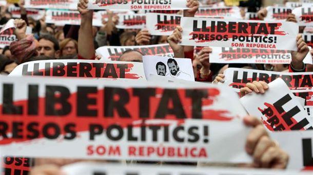 En Barcelona movilización por libertad de los presos políticos