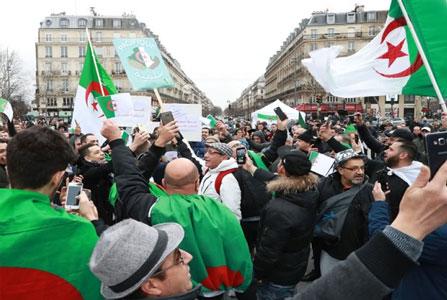20190409-Argelia---rebelion-en-las-calles 2 mini