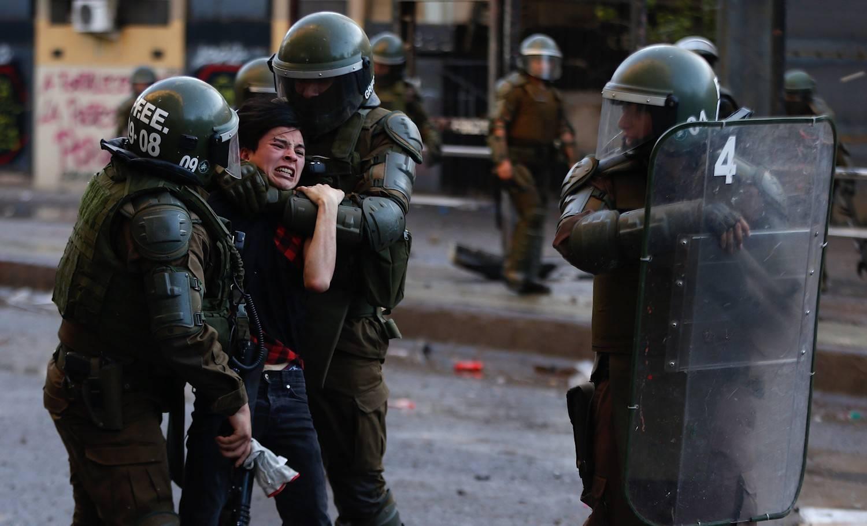chile-represion-231119